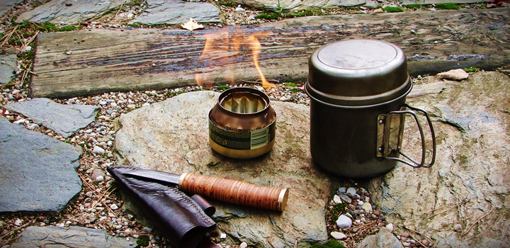 kuchenka palnik z puszki 22 - Palnik z puszki w 5 minut, czyli kuchenka survivalowa na alkohol