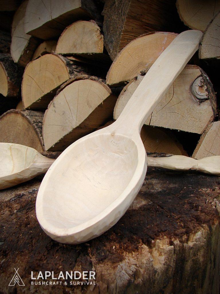 brzoza29 768x1024 - Jak wyrzeźbić łyżkę bushcraftową?